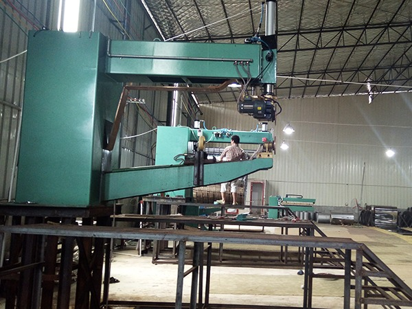 光普桂川-轮焊机